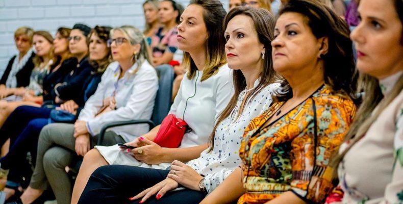 O Dia Global do Empreendedorismo Feminino existe desde 2014. Em 2018, a consultora Flávia Santos pôde contribuir e aprender muito com empreendedoras locais