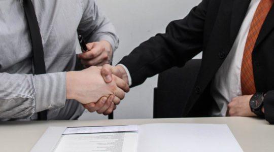 A Despertay ajuda você a comprar e vendar empresas mediante uma série de soluções que lhe garantem segurança jurídica e tranquilidade