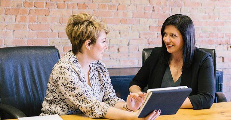 Aprender a dar e receber feedback é uma valiosa forma de conquistar melhores resultados e crescer pessoal e profissionalmente como líder